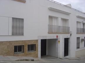 Cocheras – Calle Benavente - Foto #1